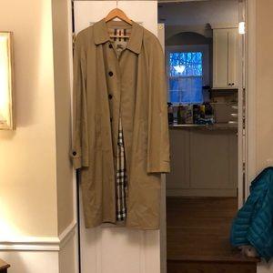 Burberry Trench Coat Men's XL